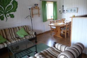 Wohnraum mit Essecke