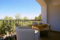 Ein-Zimmer-FeWos in Valledoria, Sardinien mit Sat-TV und Klimaanlage bieten Platz 2 Personen