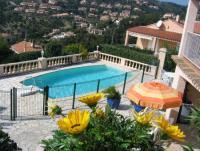 Schöne und gepflegte Villa Angela in ruhiger Lage und immer mit der richtigen Terrasse