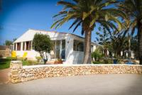 Ferienhaus für 5 Personen mit 110 m² Wohnfläche an der Südküste Menorcas.