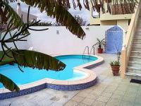 Villa mit Pool u. Gart; 4 Schlafzimmer mit eigenen Bädern u. Balkonen, Wohn-Eßbereich, Billardzimmer