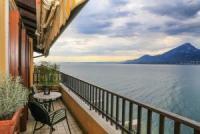 Ferienwohnung für 4 Personen  mit Terrasse, herrlichem Seeblick und Schwimmbad