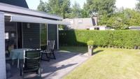 Breskens: Ferienhaus 90 m², mit 3 Schlafzimmern, gute Ausstattung, strandnahe Lage, sonnige Terrasse