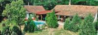 Puszta: Das liebevoll  renovierte Ferienhaus ist ein altes, aus Lehmziegeln gebautes Bauerngehöft.