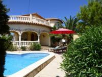 Freistehendes Ferienhaus mit sonnigen Terrassen in Miami Playa - toller Grillplatz,  Außendusche
