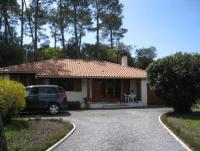 Villa im Südwesten Frankreichs für 4 Personen auf naturbelassenem Grundstück, komplett eingezäunt