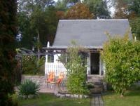 Unser Hexenhäuschen mit zwei Terrassen bietet Platz für 4 Personen.