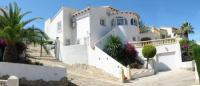 Ferienhaus mit privatem Pool und traumhaftem Meerblick, nur 5 min zu Fuß zum Ort