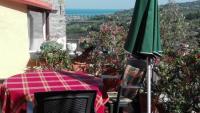 Ferienwohnung mit wunderschöner Dachterrasse im küstennahen Torrazza / Imperia im Prinotal