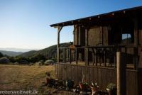 Das Ferienhaus liegt auf einer Ranch in Kalifornien. Auf Wunsch gibt es Cityttrips nach Los Angeles