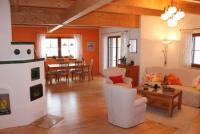 Heimeliges Ferienhaus mit Kachelofen (126 qm) und einzigartigem Charme in Arriach/K�rnten