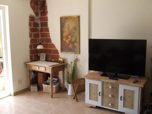 LED-TV 50 ZOLL, CD, DVD, Radio