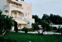 Ferienwohnung mit 2 sonnigen Balkonterrassen und 3 Schlafzimmern bietet Platz f�r 5 Personen!