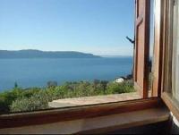 Ferienhaus mit Gardasee-Blick in der Bergfraktion von Toscolano zu vermieten.