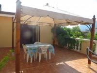 Ferienwohnung mit 3 Terrassen in Irgoli auf Sardinien, Italien zu vermieten!