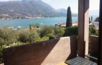 Villa mit zwei Ferienwohnungen, in der Nähe von Porto Portese. Bis 9 Personen.
