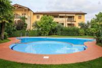 Ferienwohnung in Marciaga oberhalb von Garda 2 km vom Gardasee zu vermieten.