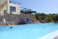 Ger�umiges Ferienhaus mit Pool und gro�em Garten, traumhafter Meerblick auf Kreta zu vermieten