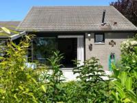 6 Personen Ferienhaus mit geschlossenen Garten in einem grünen Park gelegen