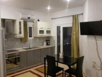Ferienwohnung mit sonniger Terrasse und 3 Schlafzimmer bietet Platz für 6 Personen!