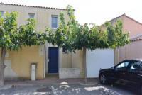 Das Ferienhaus in Gruissan mit sonniger Terrasse und 3 Schlafzimmern bietet Platz bis 6 Personen