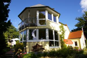 Turmstube mit Balkon