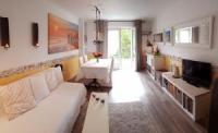 Haus Dordogne, 4 Pers., sehr gut ausgestattetes Haus mit umzäuntem Garten, Terrasse und Sommerküche.