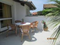 Ferienhaus mit 2 Terrassen, eine Terrasse mit Morgensonne und eine mit Nachmittags- und Abendsonne