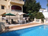 Ferienhaus 'Casa Helga' in Orba mit privatem Pool für 2-8 Personen