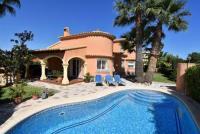 Traum-Haus am Meer, beheizbarer Pool,  mediterraner Garten, Dachterrasse, Zentralheizung