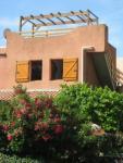 Maison Oleander: Idyllisch gelegenes Ferienhaus, große Terrasse, strandnah, für bis zu 5 Personen.