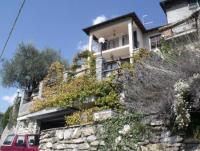 Großzügige Ferienwohnung bis max. 3 bis 4 Personen mit 2 Terrassen