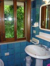 Casa 1-Mughetto: the bathroom
