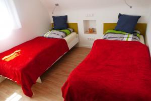 Schlafzimmer 3 (Schlafzimmer 4 ähnlich)