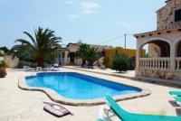 Ferienhaus Mallorca Santanyi  im Mondragopark mit Pool