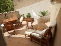 Südfrankreich: Ferienhaus für 4 Personen mit Blick auf Wohnturm aus dem 12. Jahrhundert