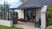 Beliebtes komfortables Ferienhaus mit sonniger Terrasse und schönem Garten bietet Platz bis 5 Pers.