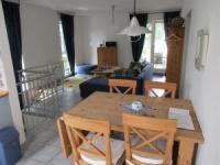 Die Wohnung mit Terrasse zur Südseite mit 2 Bädern und Schlafzimmern ist geeignet für 4 Personen.