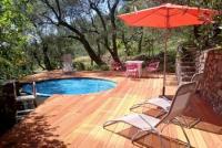 Meerblick mit Pool, großer Terrasse, Garten, Trainingsfläche