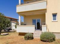 Zu vermieten: Ferienwohnung mit 3 Schlafzimmer, wunderschöne Lage am Meer in Istrien, Kroatien!