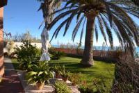 Ferienhaus mit sonnigem Garten direkt am Meer und 3 Schlafzimmern - Ruhig und angenehm.