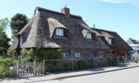 Wohnen im Schwansener Land in einer echten Reetdachkate aus dem 19. Jahrhundert!