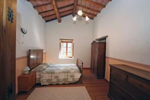 1. bedroom with double bed