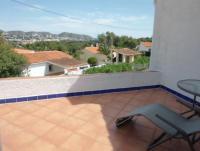 Ruhiges Reiheneckhaus mit 2 Schlafzimmern und Meerblick, großer uneinsehbarer Garten, Terrassen