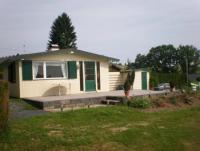 Das Ferienhaus mit Terrasse, Garten, Schlafzimmer und Bad mit Dusche bietet Platz für 2 Personen.