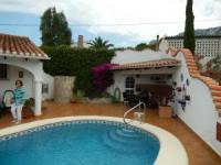 Ferienhaus mit sonniger Terrasse und Pool in Denia an der Costa Blanca, Spanien zu vermieten!