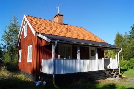 ferienhaus im v rmland schweden mit eingez untem garten. Black Bedroom Furniture Sets. Home Design Ideas