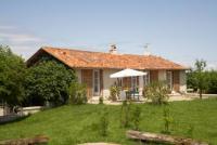 Ferienwohnung auf 2 Etagen im grünen Périgord mit privatem Pool und eigenem Garten.