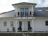 Die Ferienwohnung mit sonnigem Balkon bietet großzügigen Platz für 2 Personen