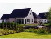 Ferienhausin Nord-Holland mit 420 m² Grundstück, 105 m² Wohnfläche, für bis zu 8 Personen.